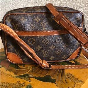 Authentic Vintage LV Trocadero 23 Crossbody Bag